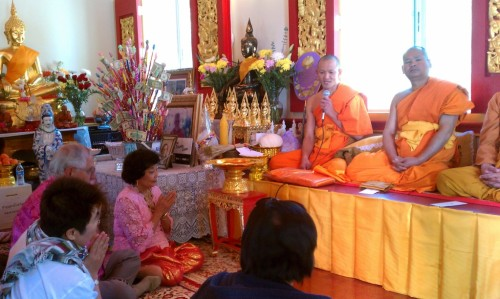 Wat Big Bear - Thai New Year